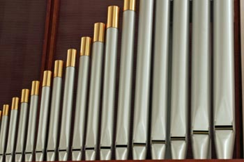 Close up of organ pipes on the right side